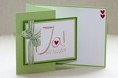Da mich diese Kartenform nach wie vor sehr begeistert, habe ich auch diese Hochzeitskarte angefertigt. Man kann einfach auf der Vorders...