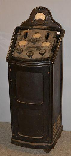 """MONEX"" QUACKERY MACHINE, Wappler Electric Co., NY; height: 46"""