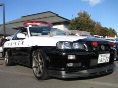 平成25年埼玉県警察年頭視閲式『白黒パトカー1』 項目2|カプリス/シボレー|愛車フォトギャラリー|LT1|みんカラ - 車・自動車SNS(ブログ・パーツ・整備・燃費)
