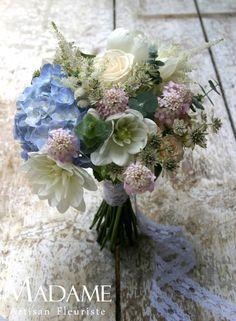 http://www.madame-artisanfleuriste.com/images/stories/mariages/20120631/2.JPG