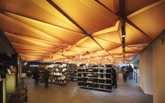 Built by Lifschutz Davidson Sandilands in Milan, Italy with date 2007. Images by Lifschutz Davidson Sandilands. La Rinascente is a historic department store on Milan's Piazza Duomo which was remodelled in 2007 by a series of arch...