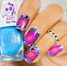 Radial gradient with swirl watermarbling on top. Beautiful effects and so eye catching. Polishes for the gradient were 'Hula Hula' 'Hibiscus' 'Pacificus'http. Pretty Nail Designs, Nail Art Designs, Nails Design, Toe Nail Art, Toe Nails, Spring Nails, Summer Nails, Nailart, Nail Photos