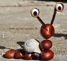 Chestnut snail «Agnes' creative universe – Famous Last Words Easy Fall Crafts, Fall Crafts For Kids, Easy Christmas Crafts, Diy For Kids, Kids Crafts, Autumn Activities For Kids, Pine Cone Crafts, Pumpkin Crafts, Nature Crafts
