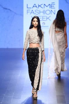 By designer Payal Singhal. Bridelan - Personal shopper & style consultants for Indian/NRI weddings, website www.bridelan.com #PayalSinghal #LakmeFashionWeek2016 #weddinglehenga #Bridelan #BridelanIndia http://www.bridelan.com/