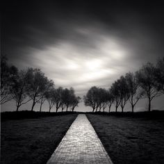 Moment In Time, photographie de Denis Olivier. Lines and all else is perfect. Absolutely captivating