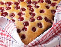 Sheet cake with cherries recipe - Backen - Blechkuchen Austrian Recipes, Cherry Recipes, Cherry Cake, Cookie Pie, Hawaiian Pizza, Baked Goods, Sweet Recipes, Food Porn, Brunch