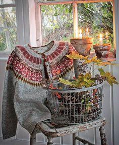 Easy Knitting Patterns for Beginners - How to Get Started Quickly? Easy Knitting Patterns, Knitting Projects, Crochet Patterns, Fair Isle Knitting, Hand Knitting, Norwegian Knitting, Vibeke Design, Dere, Fair Isles