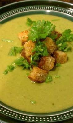 Recipe: Creamy Broccoli Soup (vegan)
