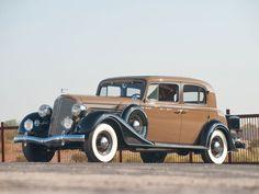 1934 Buick Series 90 Club Sedan.