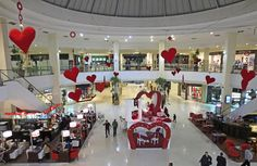 Valentine's decoration ideas for shopping malls Coffee Fonts, Sign Board Design, Interior Concept, Shopping Malls, Coffee Design, Display Design, Valentine Decorations, Atrium, Shop Signs
