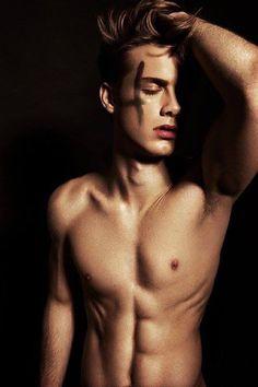 Pretty boy | handsome | cute boys | boyish | bad boys | shy boys | smart boys | guys | men | male top model | men style | shirtless
