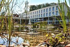 Erstes Hotel mit Teststraße in Österreich: Schlosspark Mauerbach Das Hotel, Austria, Hotels, Plants, Perfect Place, Tourism, Places, Viajes, Plant