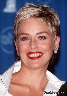 Love The Effective Pictures We Offer You About edgy hair with fringe A quality picture can tell you Short Blonde Pixie, Chic Short Hair, Short Choppy Hair, Super Short Hair, Short Grey Hair, Edgy Hair, Short Hair Cuts For Women, Short Hairstyles For Women, Short Hair Styles
