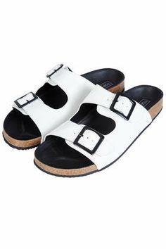 FANCIE Sandalen mit Doppelschnalle. 50