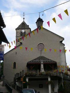 """Église Saint Théodule© <a  href=""""javascript:openContact('http://commons.wikimedia.org/wiki/User:Peter17');"""" style=""""text-decoration: none; color: white;"""">Peter Potrowl   &nbsp- Voir la galerie du photographe</a>"""