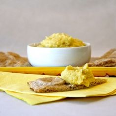 Lemon Garlic Hummus is a quick and healthy appetizer that's perfect ...