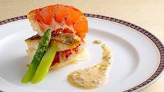 オマール海老と鮮魚のポワレ 香草風味のマリニエールソース