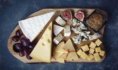 Van een plankje met Franse kazen tot een ouderwetse boterham met kaas: we zijn dol op kaas.Nu is er blijkbaar een verklaring voor onze verslaving. Het melkwitcaseïne lijkt qua structuur erg op dat van - jawel - de verslavende pijnstiller morfine. Dat zegt dokter Neal Bernard, voorzitter van het comité voor verantwoordelijke geneeskunde.