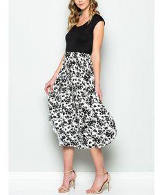 Black & White Floral Short-Sleeve Midi Dress