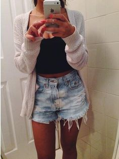 High waisted shorts + black crop top + light weight cardigan = perfect summer night outfit
