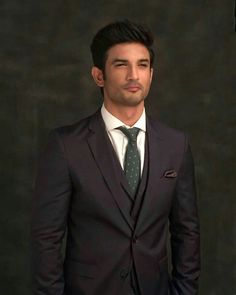 Indian Celebrities, Bollywood Celebrities, Indian Wedding Couple Photography, Full Hd Photo, Funny Videos For Kids, Actors Images, Sushant Singh, Portrait Sketches, Cute Actors