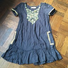 """Anthropologie dress Velvet for anthropologie cotton dress. Two detailed pockets and ornate chest! Roomy and breezy for summer. Great with leggings or as a sun dress! Worn a handful of times and in good shape! 32"""" L Anthropologie Dresses Mini"""