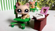 How to Make a Tiny Office Computer Chair: Easy LPS Doll DIY