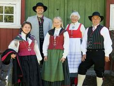 FolkCostume&Embroidery: Overview of Norwegian Costumes. Part the Southeast. Norwegian Clothing, Beautiful Costumes, Folk Costume, Norway, Folk Art, Culture, Embroidery, Oslo, Couples