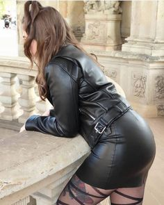 Dr Martens Style, Gothic Fashion, Leather Skirt, Black Leather, Denim, Sexy, Skirts, Women, Rear View