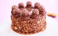 Noi siamo assolutamente dipendenti da Ferrero Rocher e Nutella. Sono entrambi celestiali e non ne avremo mai abbastanza. Questa è l'unica ragione di esistenza di questa incredibile torta! Tan…