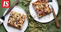 Kantarelli-peltipiirakassa lumoaa rapea pohja ja mehevä täyte. Vegetable Pizza, Quiche, French Toast, Vegetables, Breakfast, Food, Morning Coffee, Essen, Quiches