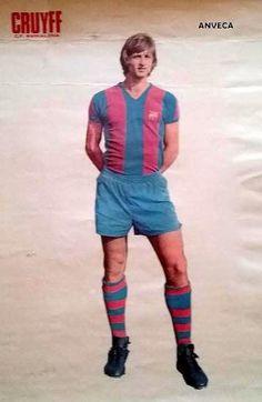 CRUYFF (F.C. Barcelona - 1975-76) Soccer Pictures e5dedbd32f7