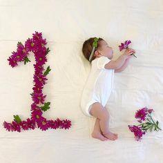 Yeni Doğan Bebek Fotoğraf Çekimi How to Take Newborn Baby Photos? # babybabeconceptshow to make # babyphotoshot # babybeconcept how to make Deutsch Ku. Monthly Baby Photos, Newborn Baby Photos, Baby Girl Newborn, One Month Old Baby, Baby Month By Month, Photo Bb, Baby Girl Pictures, Foto Baby, Baby Must Haves