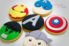 Avengers Cupcakes - All Things Cupcake
