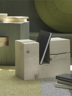 Low coffee table with magazine rack TRONKY by Olivieri   #Design Enrico Cesana #wood #interiors