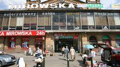Piotrek Szczęsny to rasowy foodie, miejskie zwierzę bazarowe, smakosz i pasjonat dobrej kuchni. Jest moim przewodnikiem po Hali…