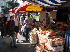 Outstanding Weekly Market in Carpentras- ©propriété de loffice de tourisme de Carpentras