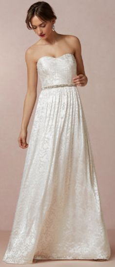 Sweet and simple wedding gown - on sale for $120! http://rstyle.me/n/kjvy2nyg6