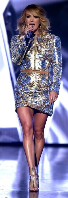 Carrie Underwood performing @ the ACM Awards