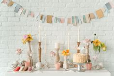 There is just so much pretty in this shoot, I'm over the moon!Kelly Maron Horvath of Paper Stories, Lauren LePine of Ryan Alexander Events, Lynn Fossbender of Pollen, Stevi Savage of AveryHo…