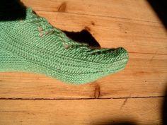 Sydämelliset sukat - Ziinan neuleet - Vuodatus.net Socks, Hosiery, Sock, Stockings