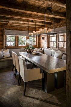 Awesome Modern Dining Room Inspiration and Ideas. Chalet Design, House Design, Chalet Style, Modern Cabin Decor, Rustic Modern, Chalet Interior, Interior Design, Room Interior, Deco Restaurant