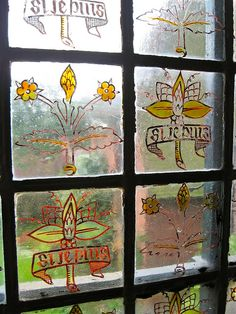 Window Glass Painting by William Morris, Red House, Bexleyheath, Featuring his Motto, Si Je Puis Arts And Crafts Movement, William Morris Art, Crafts Beautiful, Stained Glass Designs, Gothic Art, Glass Art, Tapestry, Art Tiles, Listed Building