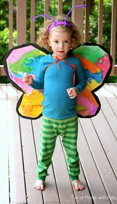 Cardboard Butterfly Wings. Sweet pretend play idea from Fun at Home with Kids.