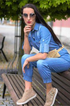 Trendy, Mom Jeans, Pants, Fashion, Moda, Trousers, Fashion Styles, Women's Pants, Fashion Illustrations