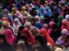 Muslims offer prayers in Chennai