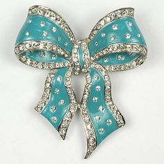 MB Boucher Enamel Bow Pin 1940