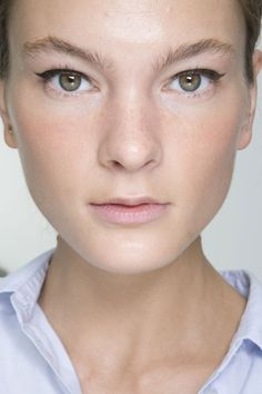 Margaret Howell Spring 2014. http://votetrends.com/polls/369/share #makeup #beauty #runway #backstage