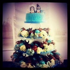 Aquarium wedding! Water Theme Wedding, Aquarium Wedding, Big Day, Getting Married, Cupcake, Anniversary, Wedding Ideas, Beach, Pretty