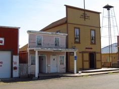 However, the town's fate was jeopardized in 1911 when the railroad running through the town decided to re-route the line due to Shaniko's remote location. A fire spread through the downtown district not long after, destroying a number of buildings that were never rebuilt. These two events marked the beginning of the town's decline.